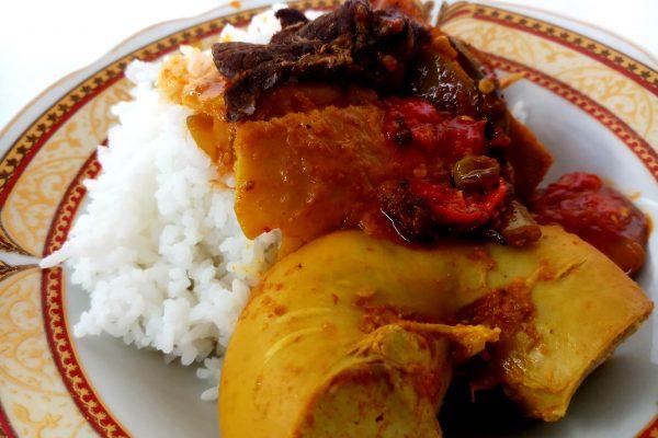 Gulai Tambusu Usus Kapau Nasi Padang
